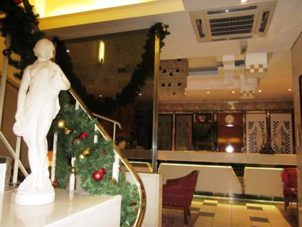 Lobby & Eingang - Hotel Capricorno