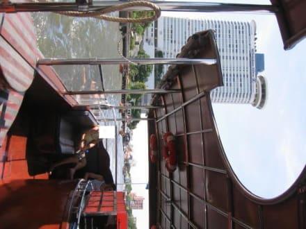 Vom Shutleboot auf's Hotel - Millennium Hilton Bangkok
