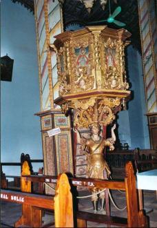 Kanzel in der Franziskanerkirche von Jaguaron - Franziskanerkirche in Jaguaron