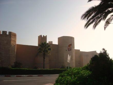Blick auf Festung - Mausoleum Bourguiba