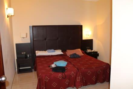 Schlafzimmer bild allsun hotel orient beach in sa coma - Schlafzimmer orient ...
