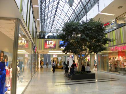 regensburg arcaden einkaufszentrum bild regensburg arcaden in regensburg. Black Bedroom Furniture Sets. Home Design Ideas