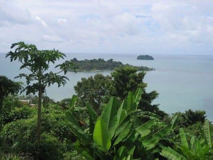 Blick vom Viewpoint auf Koh Man Noi - Koh Man Noi
