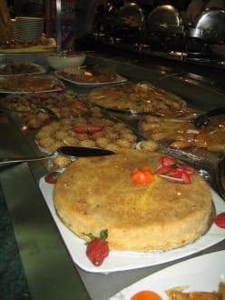 Dessert-Buffet - MS Royal La Terrasse