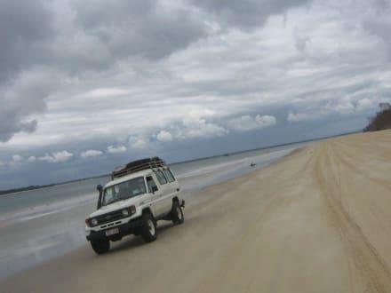 Fahrt am Strand von Fraser Island - Fraser Island