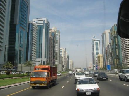 Dubai - Hauptstraße - Sheikh Zayed Road