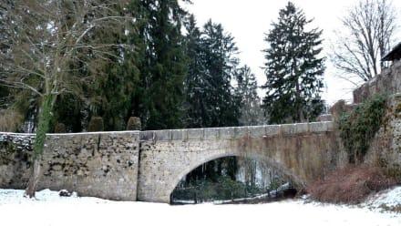 Die Schlossbrücke - Schloss Egg