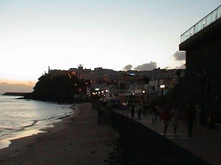 Morro Jable am Abend - Strandpromenade Morro Jable