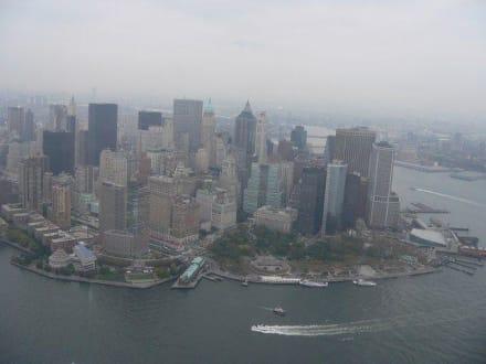 Blick auf Süd-Manhatten - Helikopter-Rundflug New York