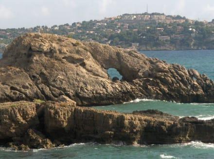Felsen in Bucht von Paguera - Strand Paguera/Peguera