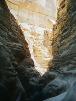 Der weg durch die Schlucht - Coloured Canyon