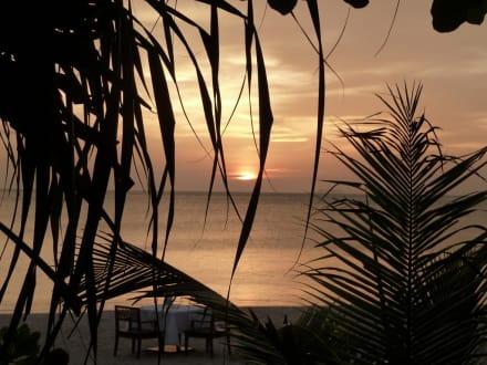 Sonnenuntergang - Hotel Layana Resort & Spa