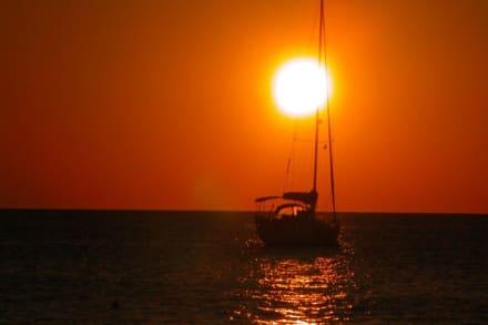 Sonnenaufgang über Bali - Strand Bali