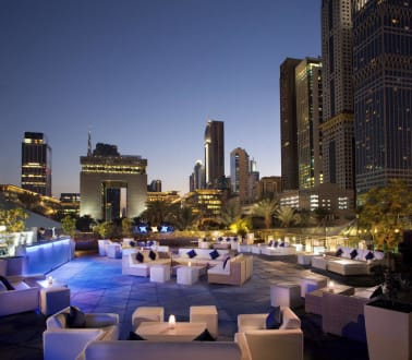 Clique Lounge and Bar -