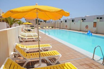 Poolanlage - Riviera Park Apartamento 2A