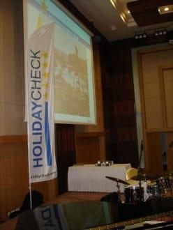 Die Bühne - HolidayCheck Award Gala