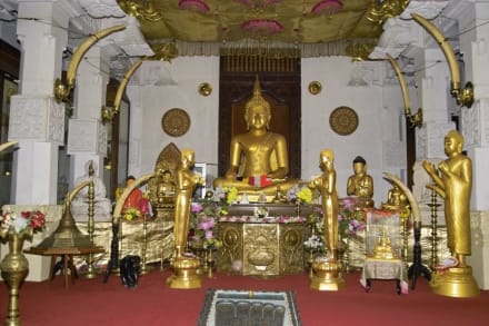 Tempel des Zahns - Dalada Maligawa (Zahntempel)
