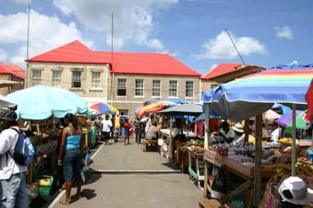 Der neue Marktplatz. - Markt von St. Georges