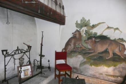 j gerzimmer bild schloss tratzberg in jenbach. Black Bedroom Furniture Sets. Home Design Ideas