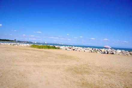 Direkt nach dem Leuchtturm - Strand Bibione