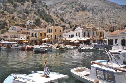 Symi Stadt - Hafen Symi