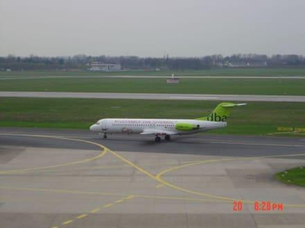Fokker 100 DBA - Flughafen Düsseldorf (DUS)