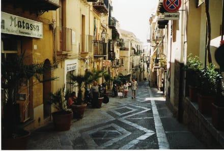 Enge Gasse - Altstadt Cefalu