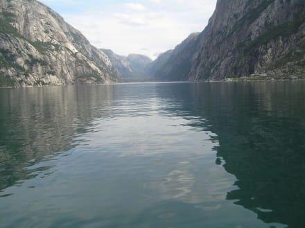 Der DBlick zum Endpunkt des Lysefjords - Lysefjord