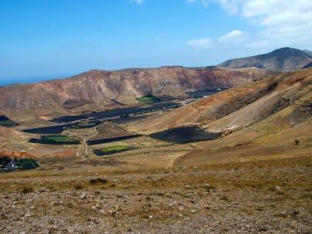 Blick auf das Tal von Femes - Rundwanderweg Femes