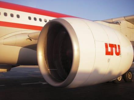 LTU Airbus ist gelandet - Flughafen Monastir (MIR)
