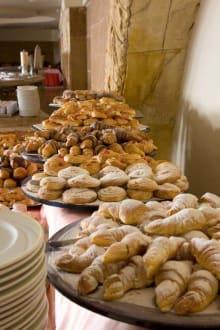 Breakfast Pastry Buffet -