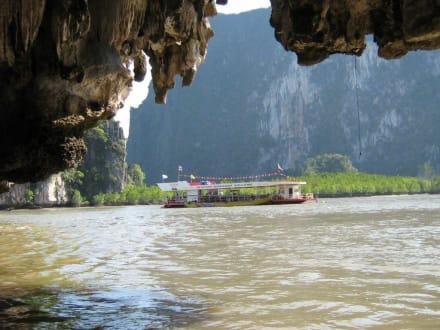 Bootsfahrt in der Phang Nga Bucht - Phang Nga Bucht/Nationalpark Ao Phang Nga