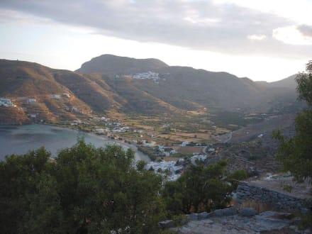 Blick nach Aegiali und Tholaria - Amorgos