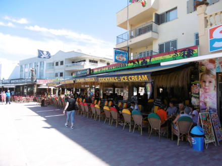 Cafe Jamaica an der Promenade in Can Picafort - Cafe Jamaica