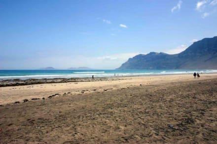 Toller Strand und super Aussicht - Strand Famara