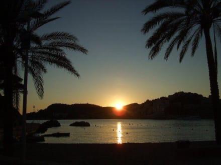 Sonnenuntergang am Strand von Palmira - Platja Palmira