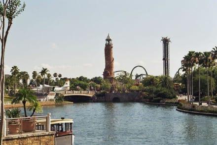 Richtung Island of adventure vor Universal St - Universal's Islands of Adventure