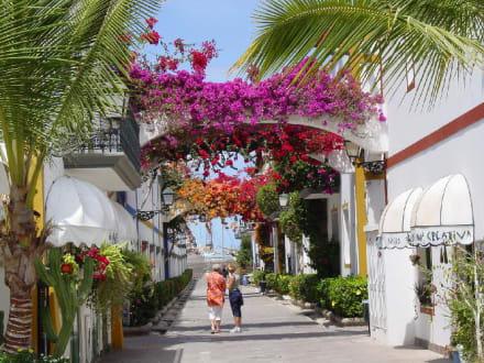 Romantische Straße - Hafen Puerto de Mogán