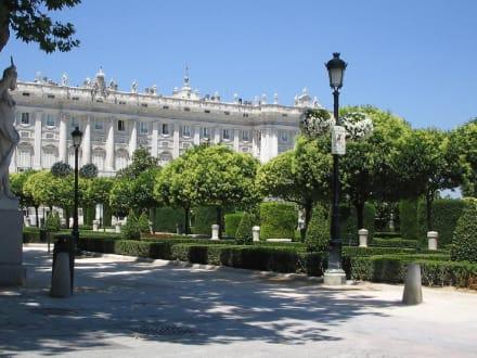 Plaza de Oriente - Plaza de Oriente