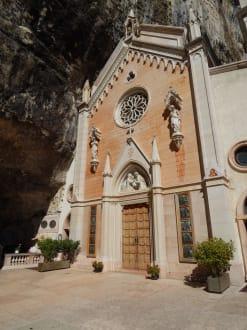 Eingangsportal - Madonna della Corona