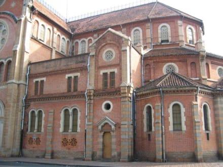 Kirche - Notre Dame Kirche