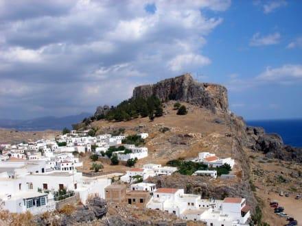 Blick auf Lindos und seine Festung - Akropolis von Lindos