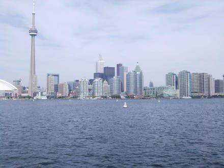 Toronto vom Lake her - Toronto Skyline