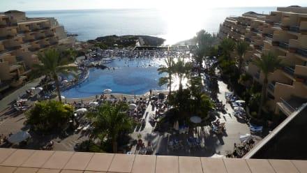 Ausblick von der Dachterrasse - Clubhotel RIU Buena Vista