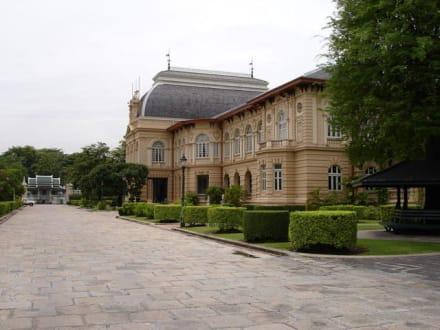 Die Residenz des Königs - Wat Phra Keo und Königspalast / Grand Palace