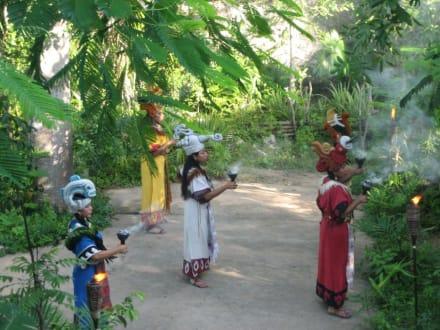 Maya Frauen - Freizeitpark Xcaret