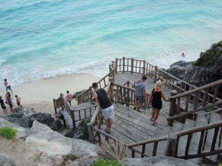 Treppe zum Strand - Ruinen von Tulum