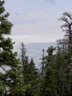 Palm Springs vom Mount Jacinto aus - San Jacinto Mountains