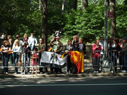 Preussens Gloria und die DDR - Steuben Parade New York