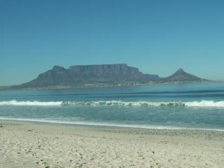 Tafelberg vom Bloobergstrand aus - Tafelberg